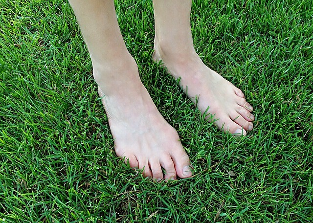 足のサイズ計測は裸足